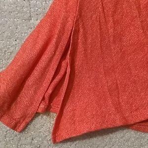 LuLaRoe Tops - 🍓 LulaRoe Coral High Low T-Shirt
